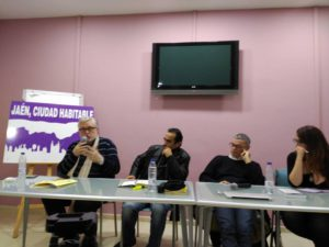 """Manuel Monereo, Moreno Pasquinelli, Carlo Formenti y Mar Rodríguez (""""Populismos. La lucha de clases en el neoliberalismo"""". Charla en Jaén 12/01/2017. Ver más en http://jaenciudadhabitable.org/populismos-la-lucha-de-clases-en-el-neoliberalismo/"""